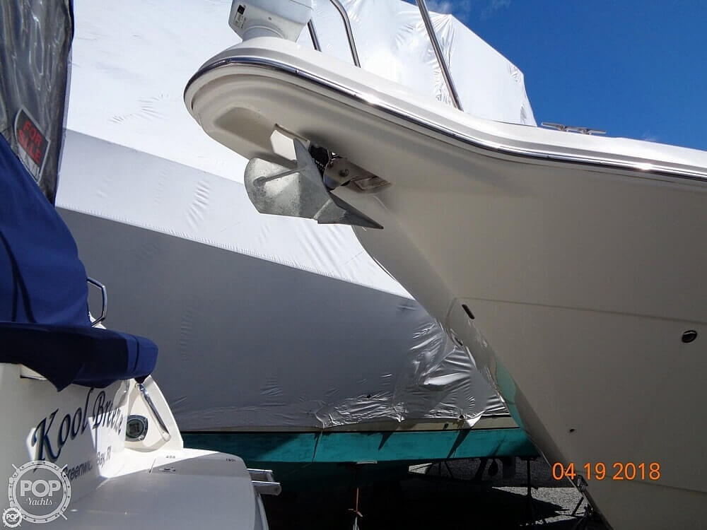 2004 Monterey boat for sale, model of the boat is 322 & Image # 4 of 41