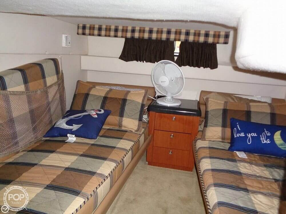 2004 Monterey boat for sale, model of the boat is 322 & Image # 12 of 41