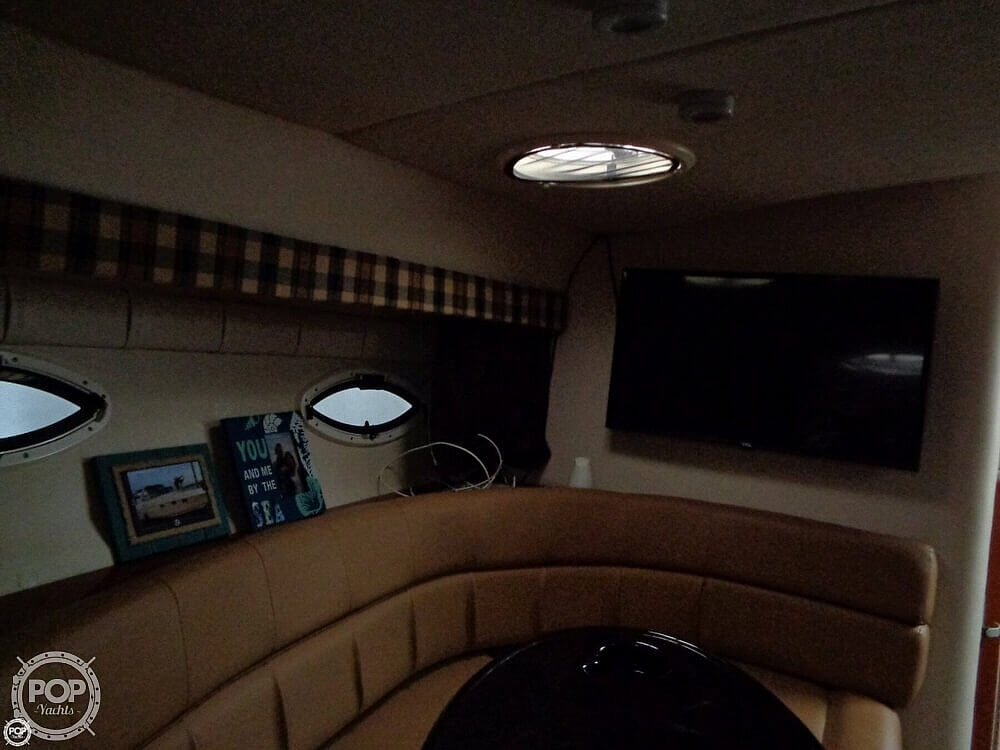 2004 Monterey boat for sale, model of the boat is 322 & Image # 15 of 41