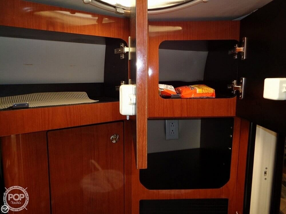 2004 Monterey boat for sale, model of the boat is 322 & Image # 19 of 41