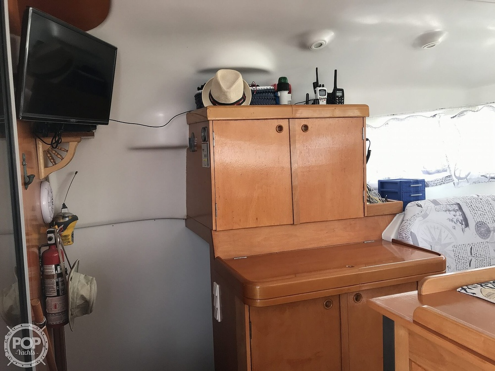 2002 Lagoon boat for sale, model of the boat is 410 & Image # 23 of 40