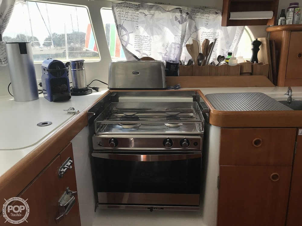 2002 Lagoon boat for sale, model of the boat is 410 & Image # 24 of 40