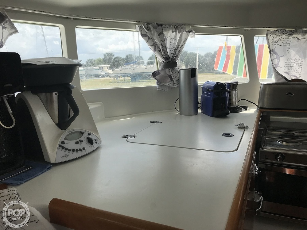 2002 Lagoon boat for sale, model of the boat is 410 & Image # 25 of 40