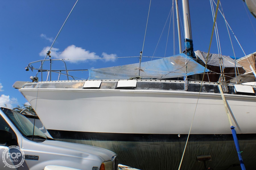 1983 Morgan boat for sale, model of the boat is Out Island 41 & Image # 11 of 40