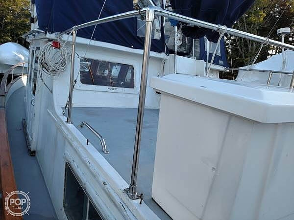 1978 Marine Trader boat for sale, model of the boat is 34 DC & Image # 4 of 40