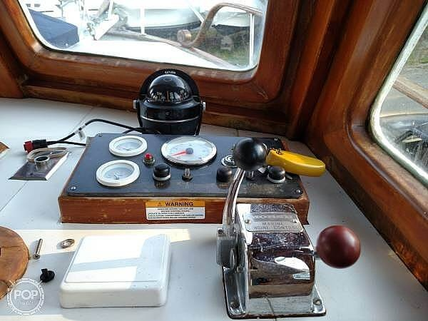 1978 Marine Trader boat for sale, model of the boat is 34 DC & Image # 11 of 40