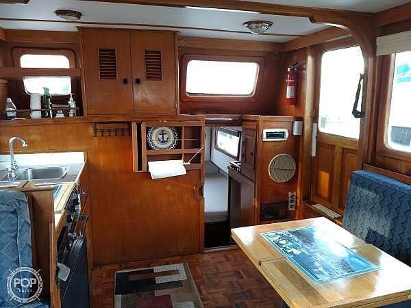 1978 Marine Trader boat for sale, model of the boat is 34 DC & Image # 13 of 40