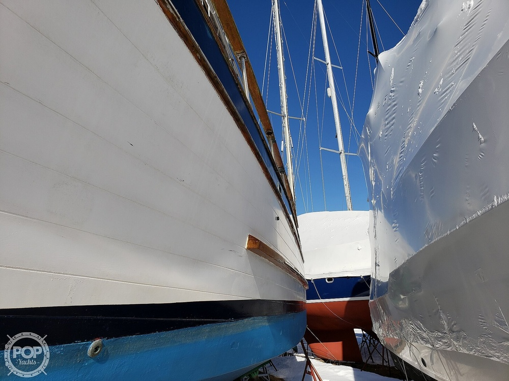 1978 Marine Trader boat for sale, model of the boat is 34 DC & Image # 26 of 40