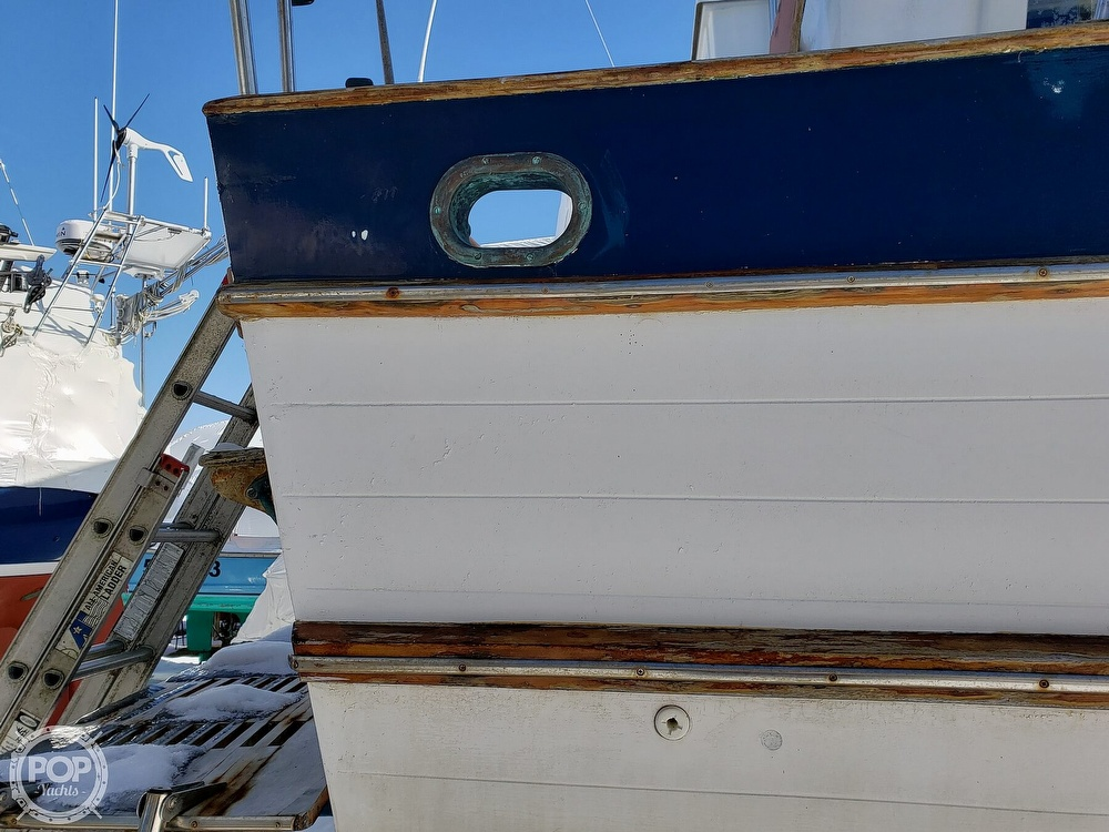 1978 Marine Trader boat for sale, model of the boat is 34 DC & Image # 27 of 40