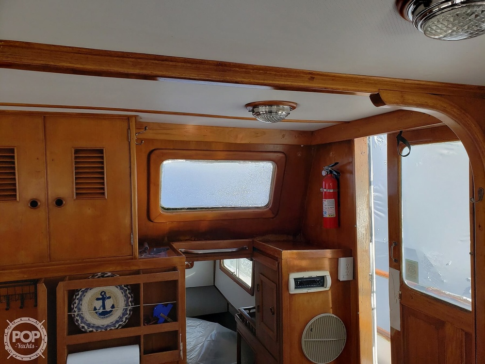 1978 Marine Trader boat for sale, model of the boat is 34 DC & Image # 38 of 40