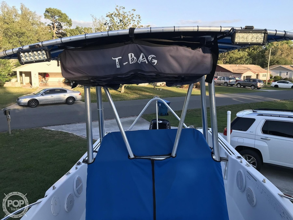 1999 Pro-Line boat for sale, model of the boat is 200 Center Console & Image # 2 of 41