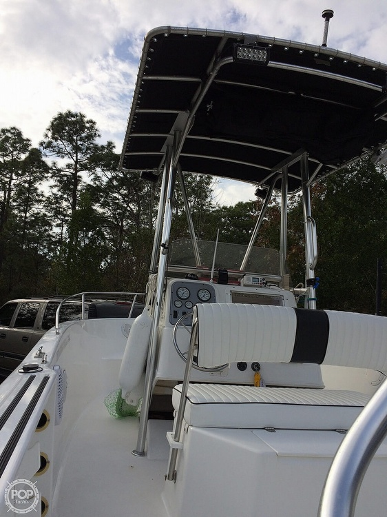 1999 Pro-Line boat for sale, model of the boat is 200 Center Console & Image # 12 of 41