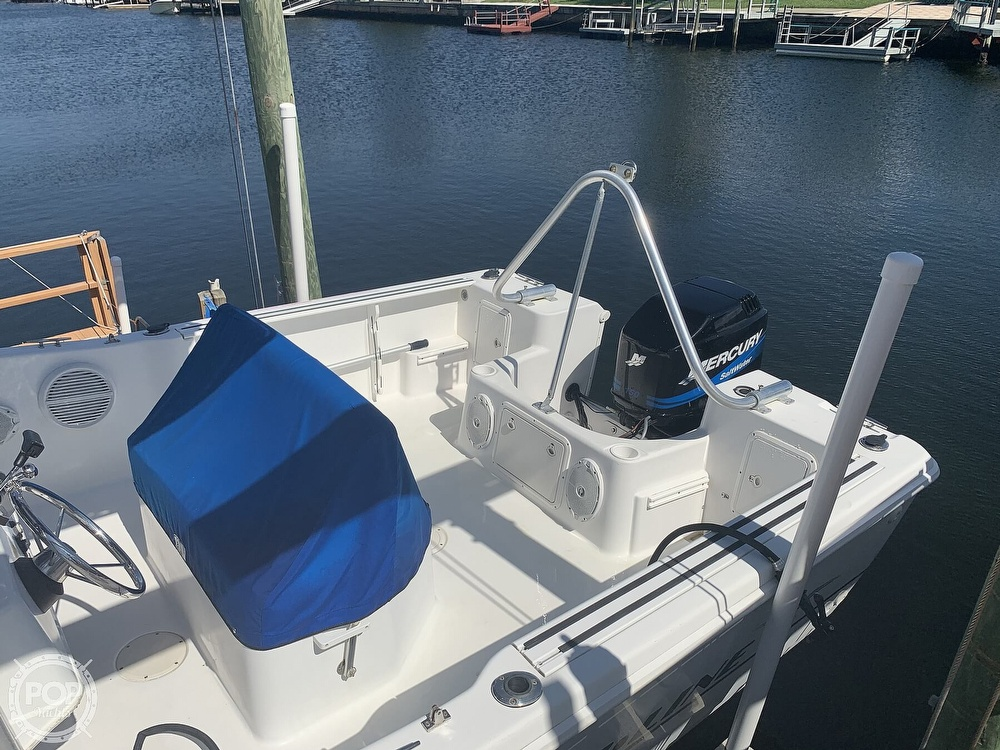 1999 Pro-Line boat for sale, model of the boat is 200 Center Console & Image # 15 of 41