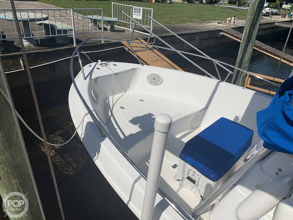 1999 Pro-Line boat for sale, model of the boat is 200 Center Console & Image # 16 of 41