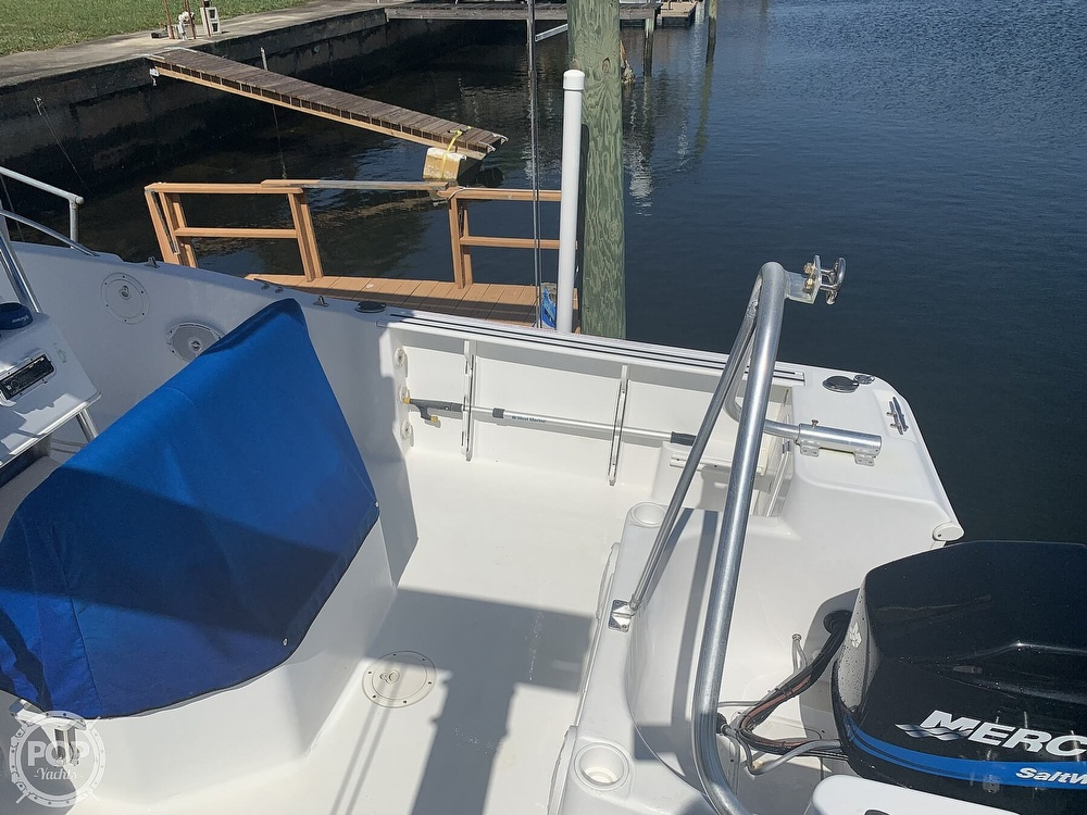 1999 Pro-Line boat for sale, model of the boat is 200 Center Console & Image # 18 of 41
