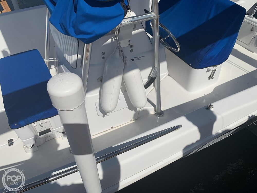 1999 Pro-Line boat for sale, model of the boat is 200 Center Console & Image # 23 of 41