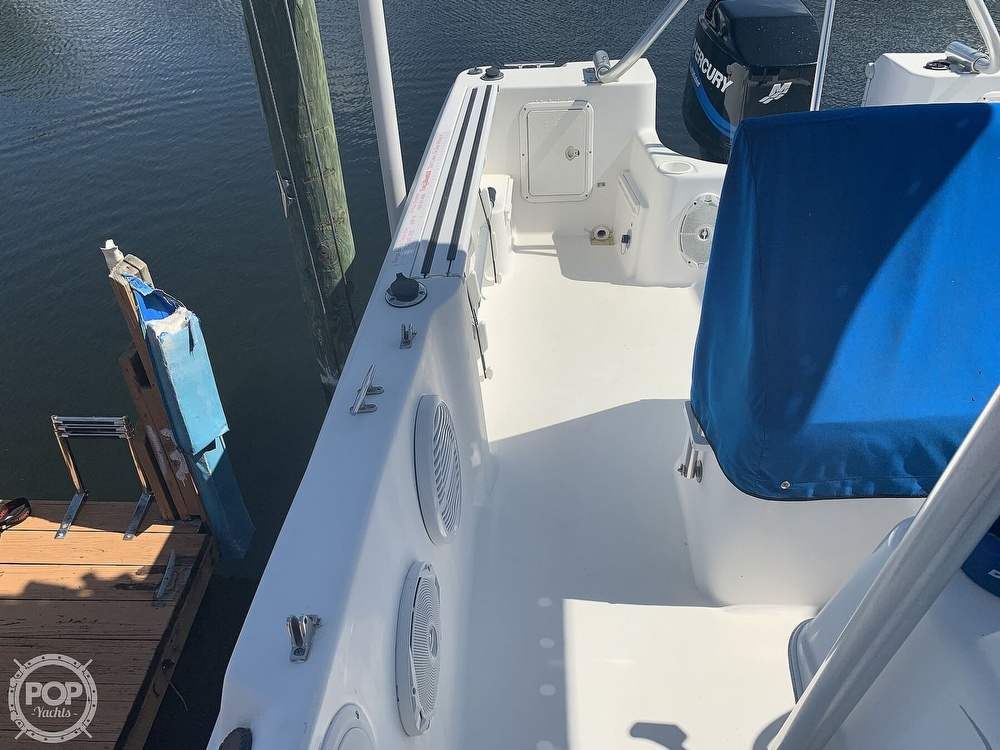 1999 Pro-Line boat for sale, model of the boat is 200 Center Console & Image # 31 of 41
