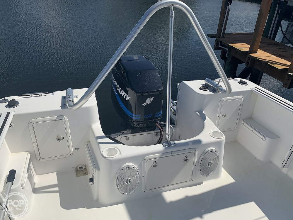 1999 Pro-Line boat for sale, model of the boat is 200 Center Console & Image # 32 of 41