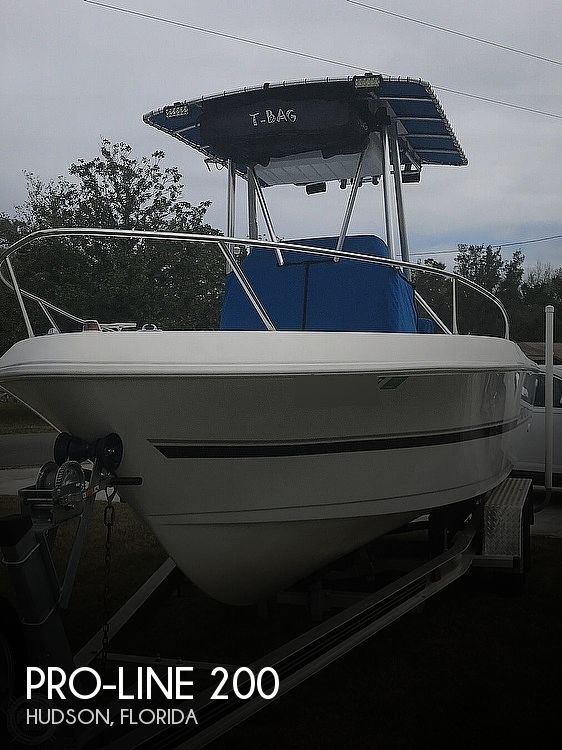 1999 Pro-Line boat for sale, model of the boat is 200 Center Console & Image # 1 of 41