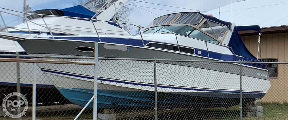 1991 Four Winns boat for sale, model of the boat is Vista 315 & Image # 10 of 40