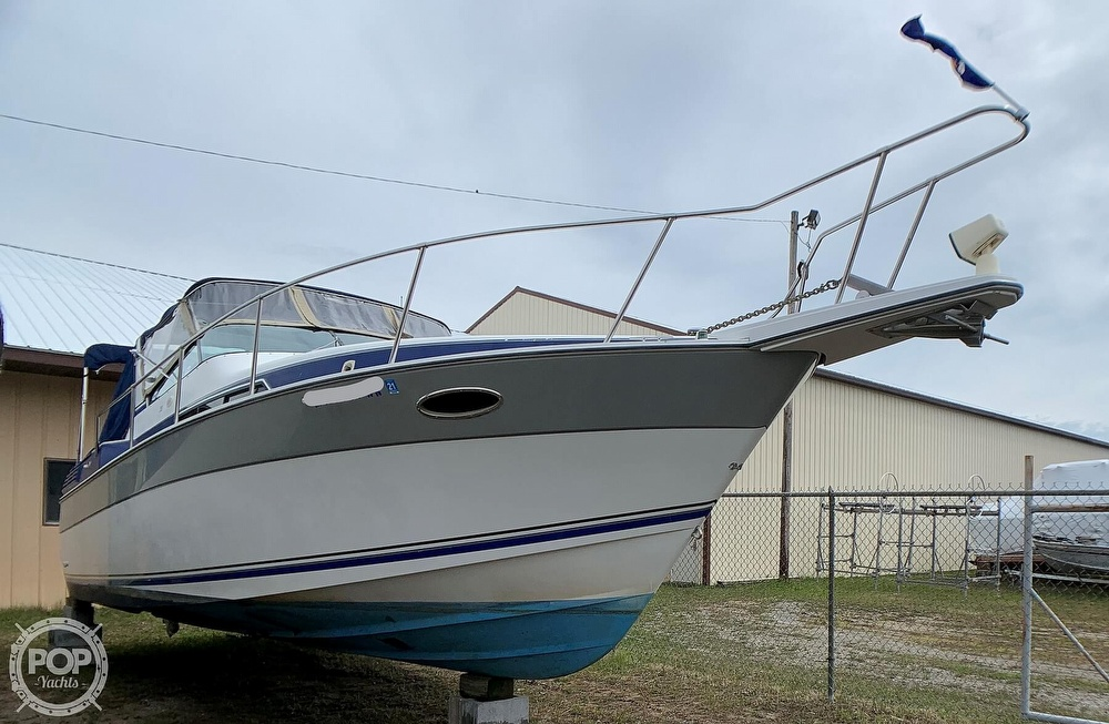 1991 Four Winns boat for sale, model of the boat is Vista 315 & Image # 7 of 40