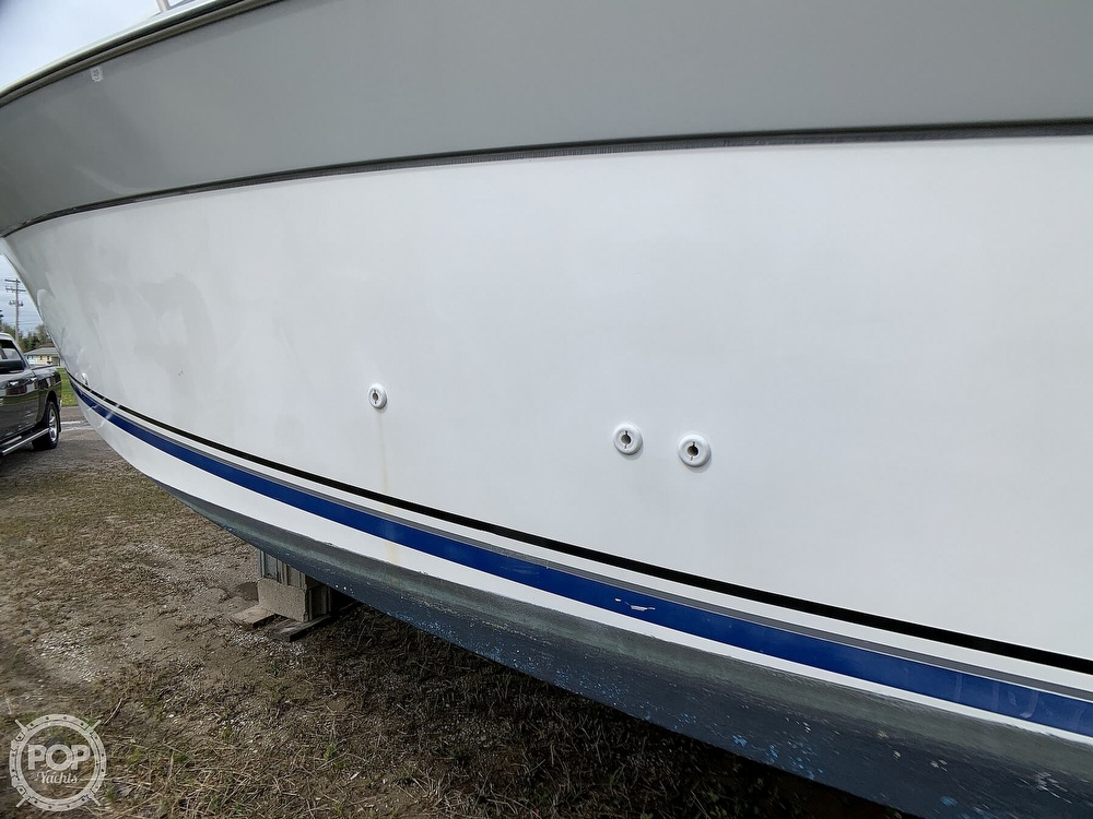 1991 Four Winns boat for sale, model of the boat is Vista 315 & Image # 17 of 40