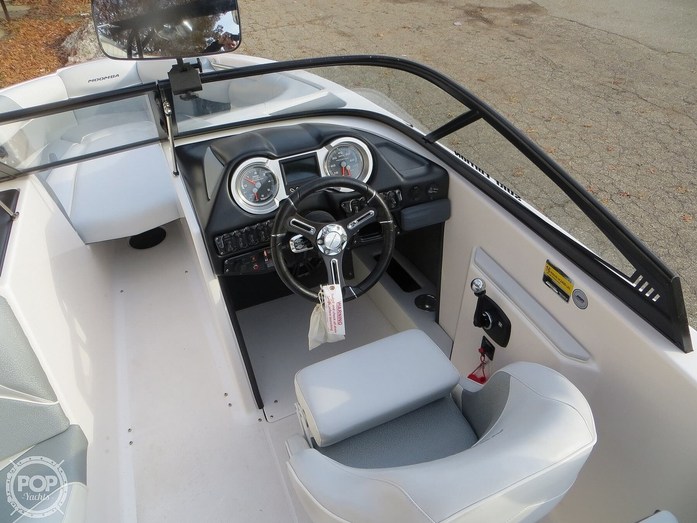 2017 Moomba boat for sale, model of the boat is Craz Surf & Image # 3 of 40