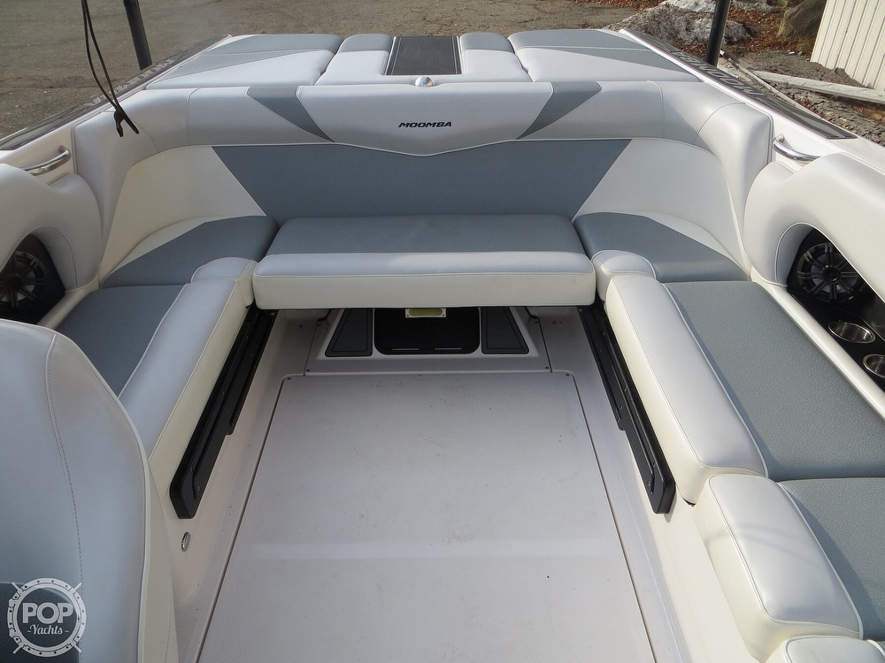 2017 Moomba boat for sale, model of the boat is Craz Surf & Image # 4 of 40