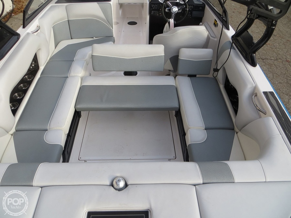 2017 Moomba boat for sale, model of the boat is Craz Surf & Image # 6 of 40