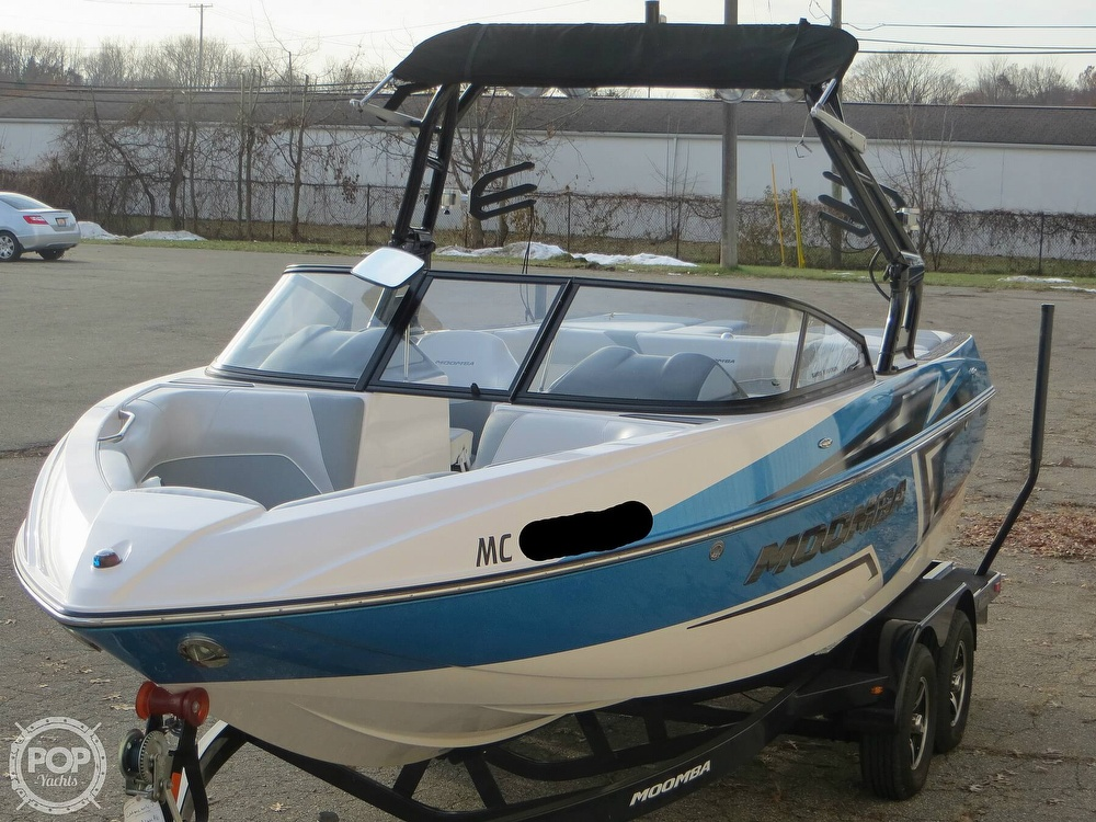 2017 Moomba boat for sale, model of the boat is Craz Surf & Image # 15 of 40