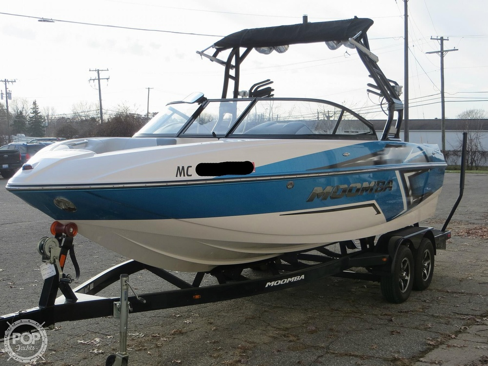 2017 Moomba boat for sale, model of the boat is Craz Surf & Image # 17 of 40