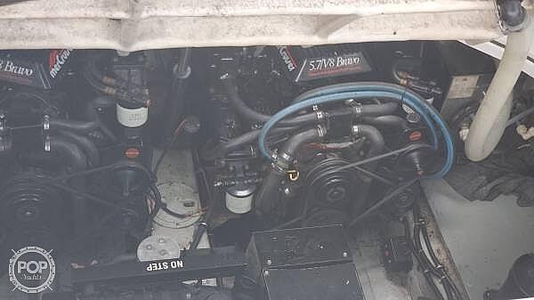 1993 Regal 3260 Ventura - image 9