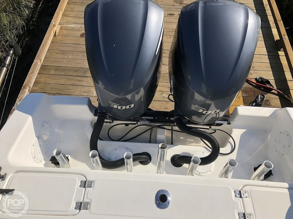 1996 Fountain boat for sale, model of the boat is 31 CC & Image # 13 of 40