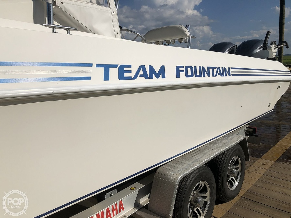 1996 Fountain boat for sale, model of the boat is 31 CC & Image # 28 of 40