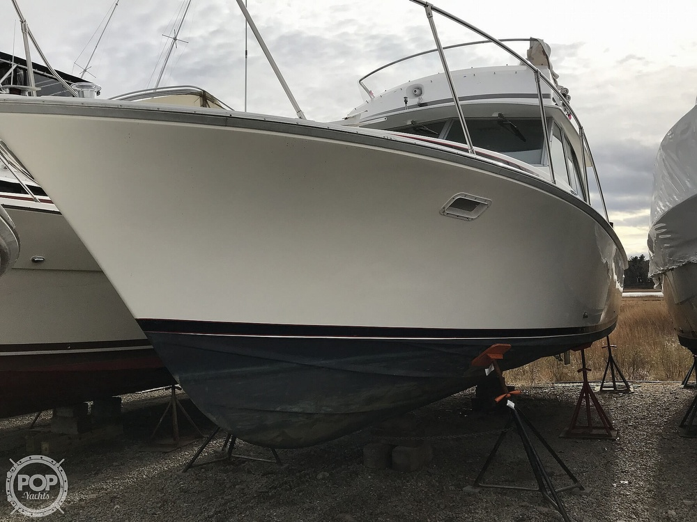 1979 Bertram boat for sale, model of the boat is 35 Convertible & Image # 18 of 40