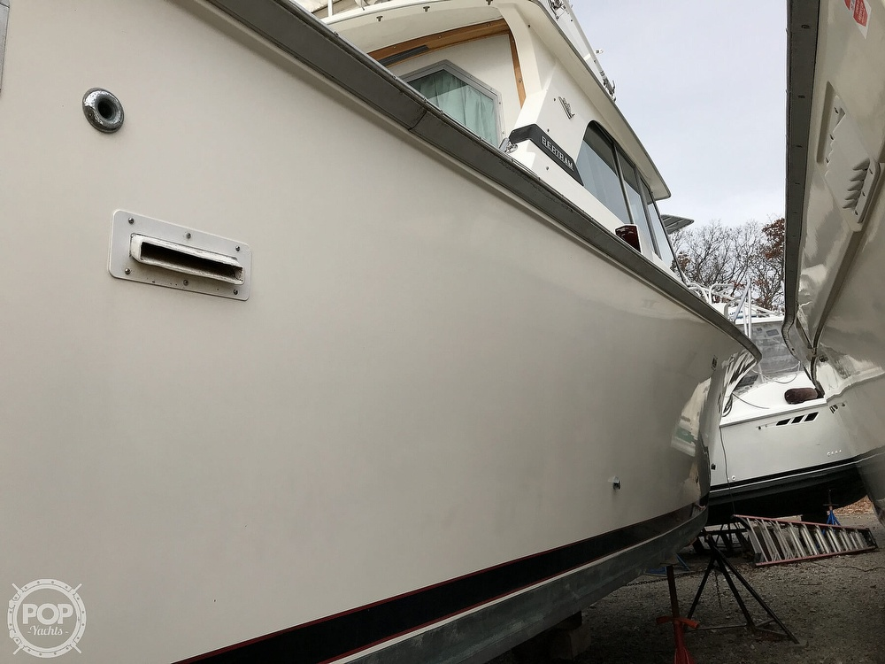1979 Bertram boat for sale, model of the boat is 35 Convertible & Image # 22 of 40