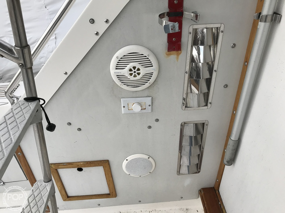 1979 Bertram boat for sale, model of the boat is 35 Convertible & Image # 33 of 40