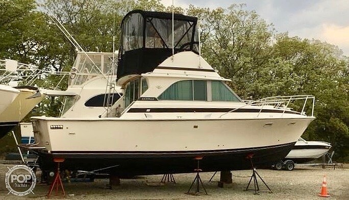 1979 Bertram boat for sale, model of the boat is 35 Convertible & Image # 2 of 40