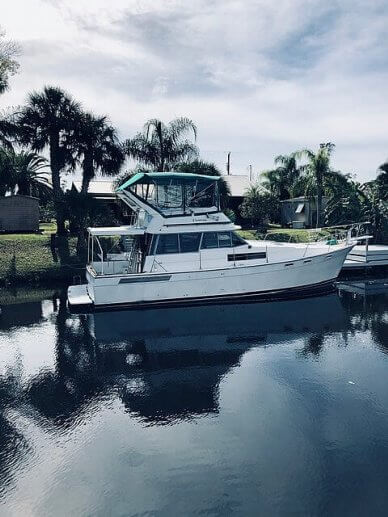 Bayliner 3870 Motoryacht, 3870, for sale - $34,000