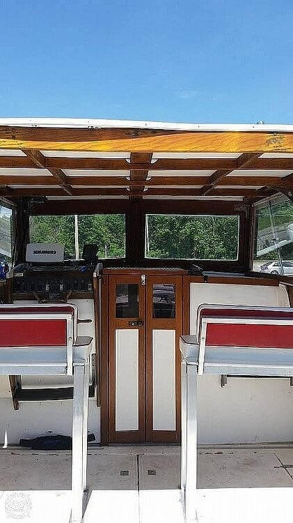 1974 Carver boat for sale, model of the boat is Monterey & Image # 5 of 9