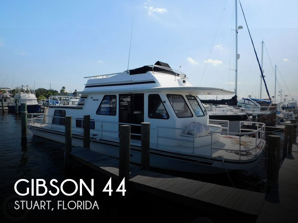 Used GIBSON Boats For Sale by owner | 1999 Gibson 44