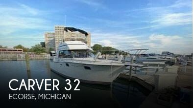 Used Carver Boats For Sale in Michigan by owner | 1983 Carver 32