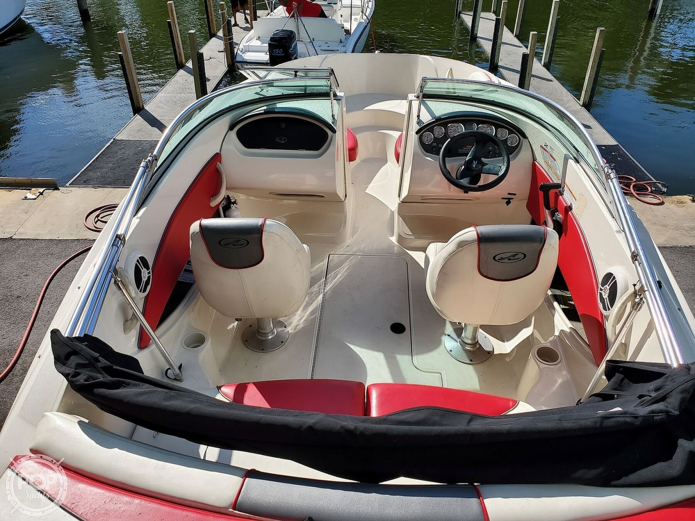 2007 Sea Ray boat for sale, model of the boat is 185 Sport & Image # 21 of 42