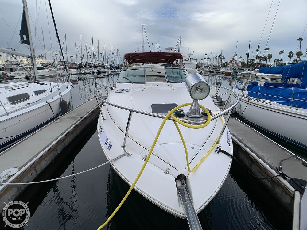 2005 Rinker boat for sale, model of the boat is Fiesta Vee 300 & Image # 25 of 40