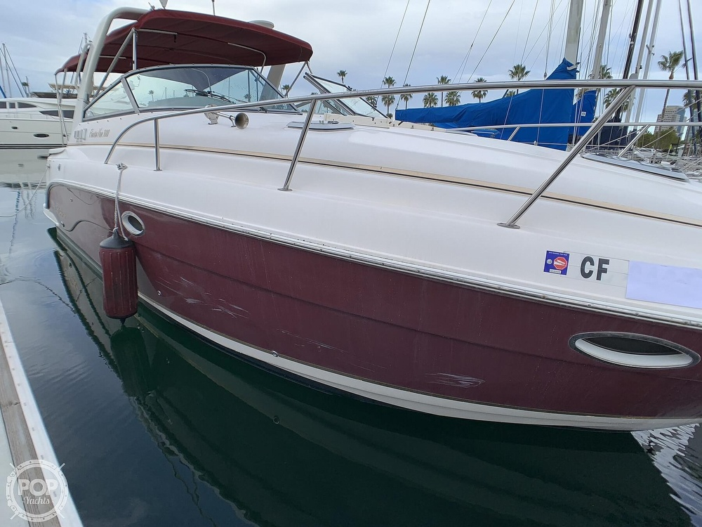 2005 Rinker boat for sale, model of the boat is Fiesta Vee 300 & Image # 33 of 40