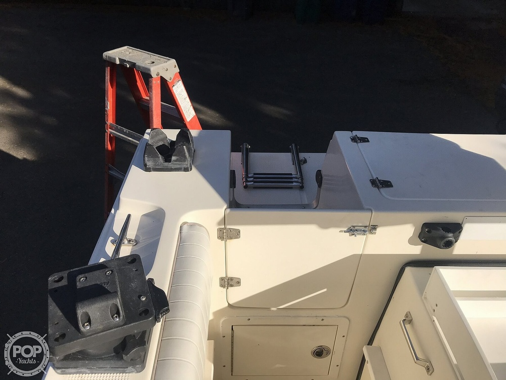 2001 United boat for sale, model of the boat is Sea Master 2588 & Image # 35 of 40