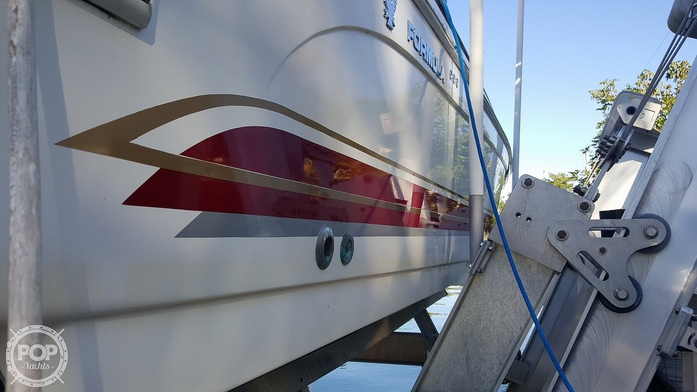 2001 Formula boat for sale, model of the boat is 400 SS & Image # 21 of 40