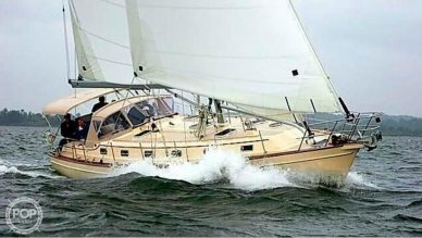 Island Packet 38, 38, for sale