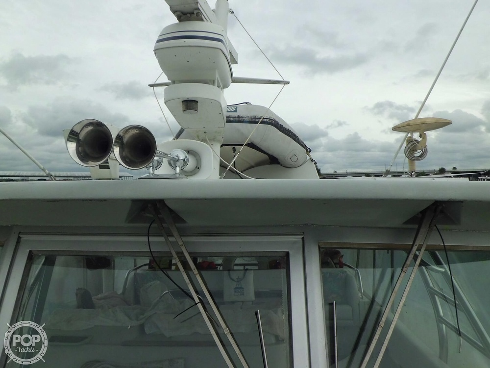 1989 Cruisers Yachts boat for sale, model of the boat is 4280 Express Bridge & Image # 19 of 40