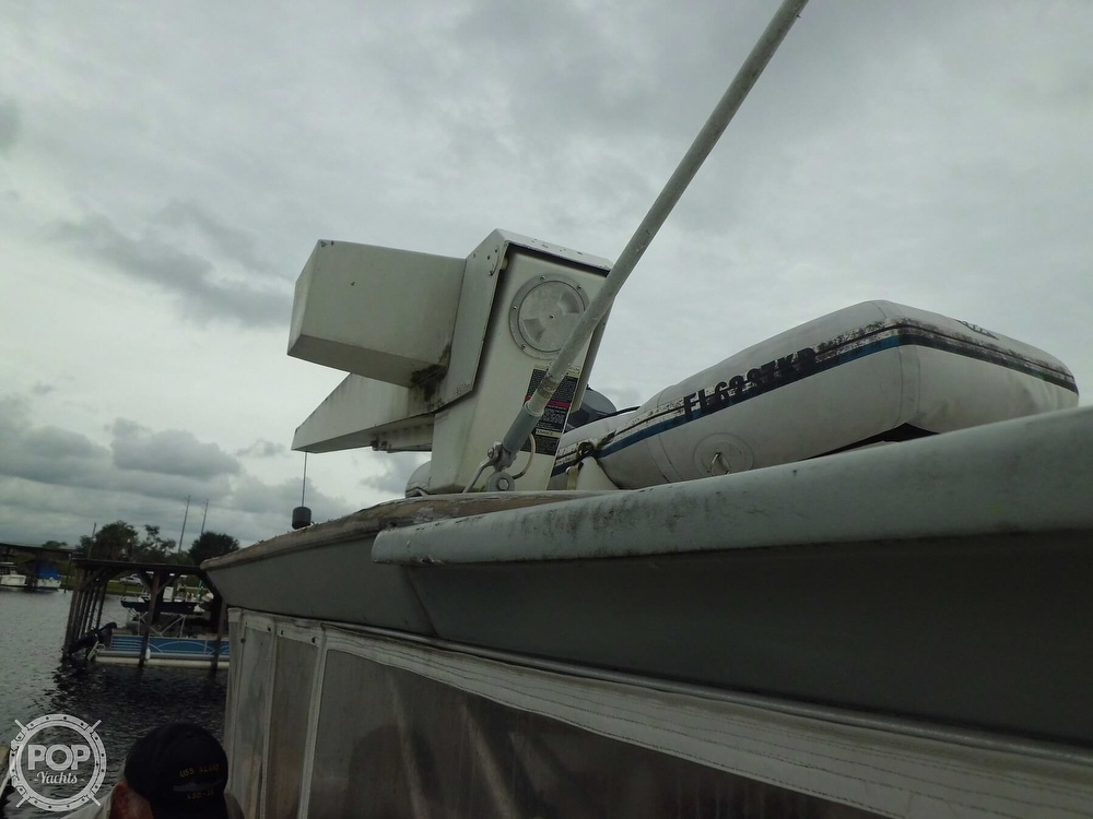 1989 Cruisers Yachts boat for sale, model of the boat is 4280 Express Bridge & Image # 18 of 40